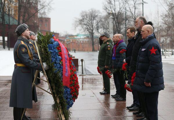 Игроки ЦСКА возложили цветы к Могиле Неизвестного Солдата