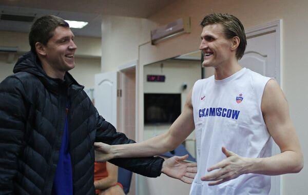 Андрей Кириленко (справа) и Виктор Хряпа