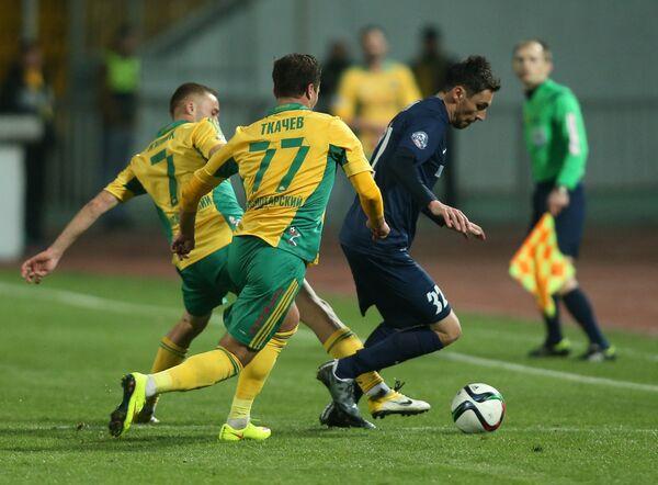 Игровой момент матча Кубань - Мордовия