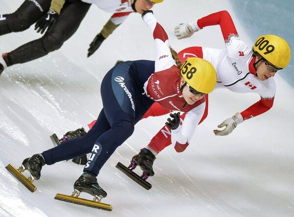 Евгения Захарова (Россия), Марианна Сен-Желе (Канада) (слева направо)