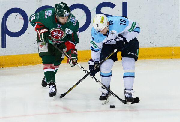 Михаил Варнаков (слева) и Дмитрий Кугрышев
