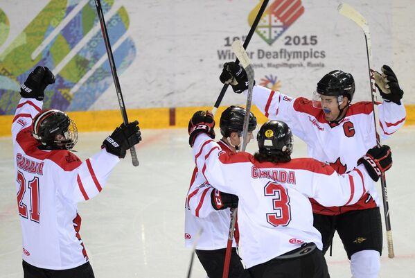 Игроки сборной Канады по хоккею на Сурдлимпиаде
