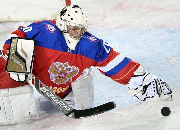 Вратарь сборной России Илья Шевцов