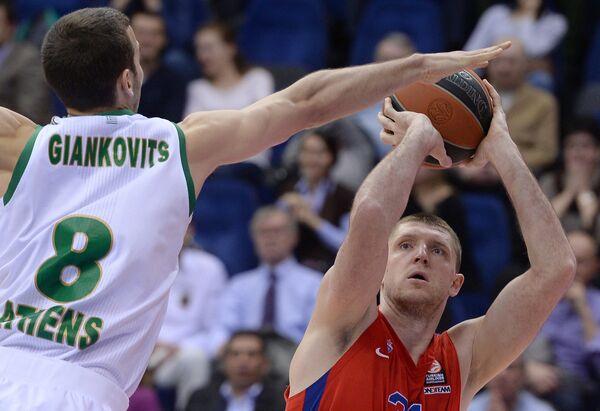 Виктор Хряпа (справа) и Влантимир Янковиц