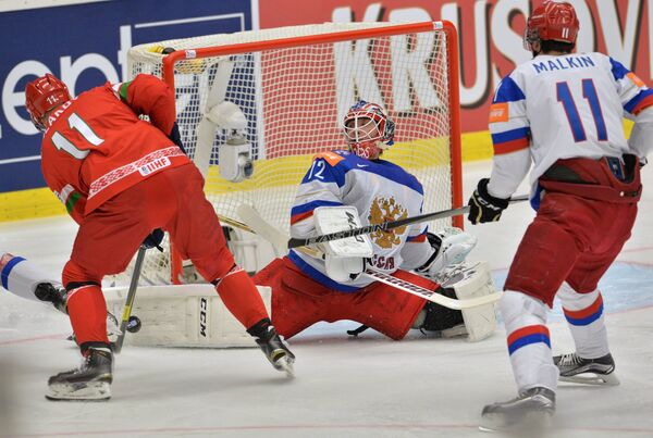 Игровой момент матча Россия - Белоруссия