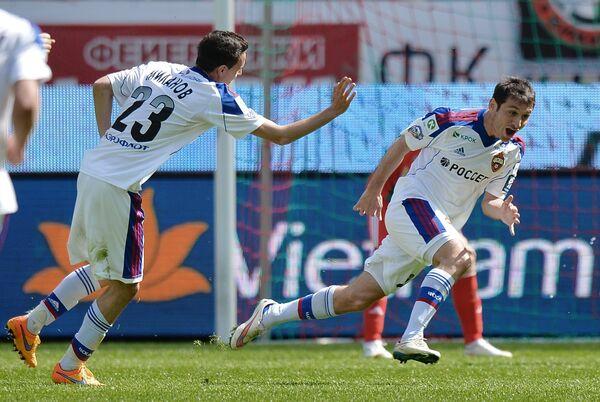Хавбеки ЦСКА Алан Дзагоев и Георги Миланов (справа налево)