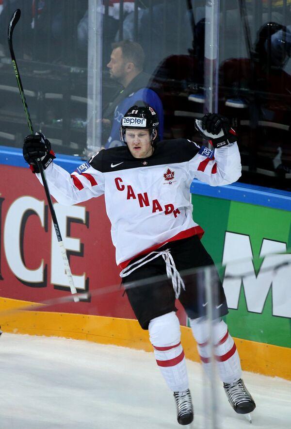 Нападающий сборной Канады Натан Маккиннон