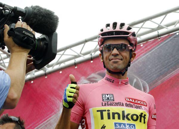 Испанский велогонщик команды Tinkoff-Saxo Альберто Контадор
