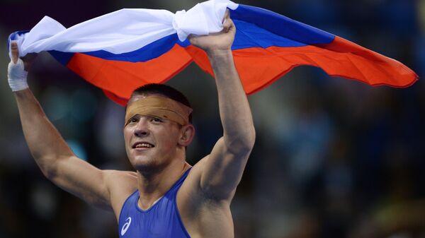 Артём Сурков
