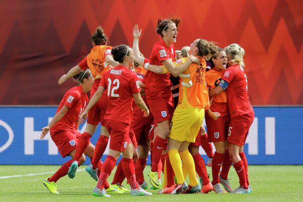 Футболистки сборной Англии