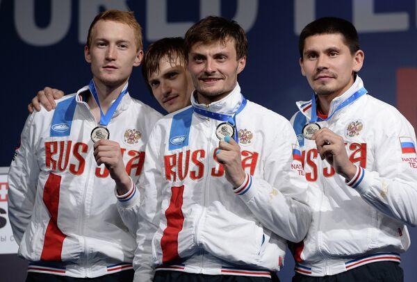 Рапиристы сборной России Артур Ахматхузин, Алексей Черемисинов, Дмитрий Ригин и Реналь Ганеев (слева направо)