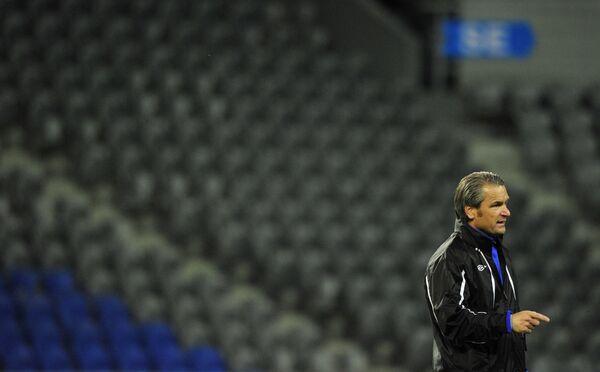 Немецкий футбольный тренер Бернд Шторк