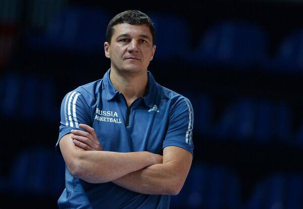 Главный тренер баскетбольной юниорской женской сборной России Дмитрий Донсков