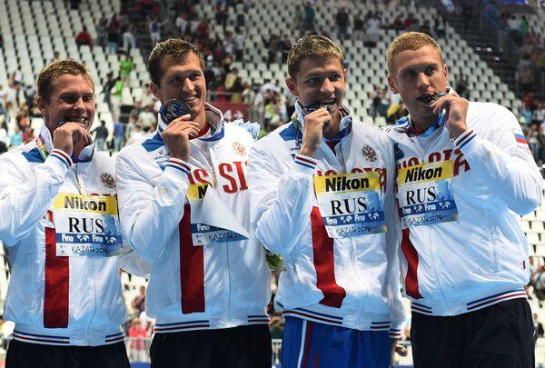 Пловцы сборной России Владимир Морозов, Никита Лобинцев, Александр Сухоруков и Андрей Гречин (слева направо)