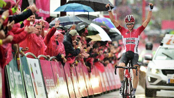 Бельгийский велогонщик команды Lotto Soudal Тим Велленс