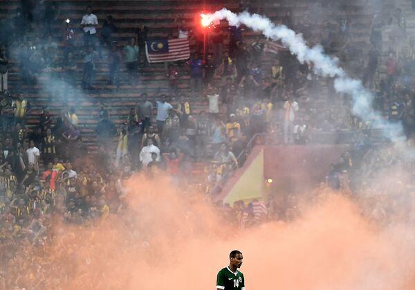 Футбольный матч между сборными Малайзии и Саудовской Аравии