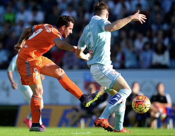 Игровой момент матча Валенсия - Сельта