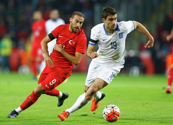 Игровой момент матча между командами Турции и Греции