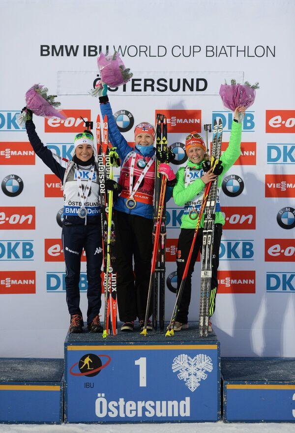 Доротея Вирер (Италия) - 2-е место, Кайса Мякяряйнен (Финляндия) - 1-е место, Франциска Хильдебранд (Германия) - 3-е место (слева направо)