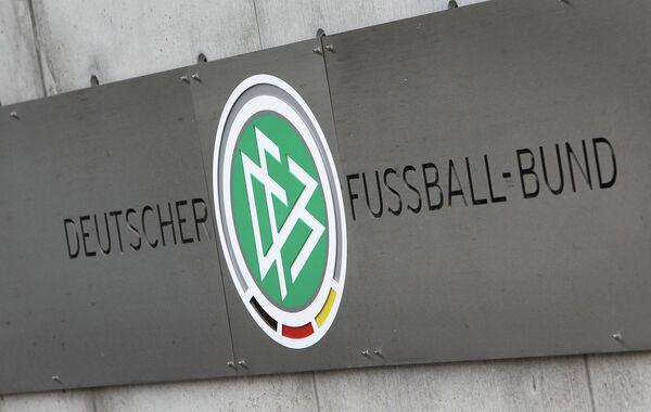 Логотип DFB