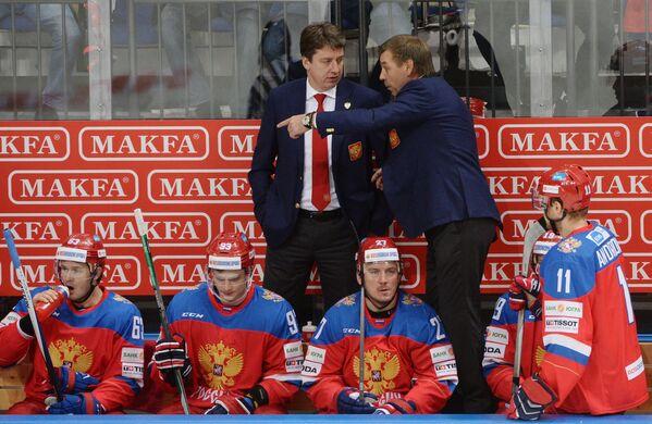 Олег Знарок (справа) и Харийс Витолиньш