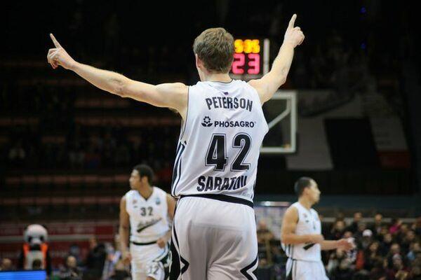 Баскетболист Автодора Трэвис Питерсон