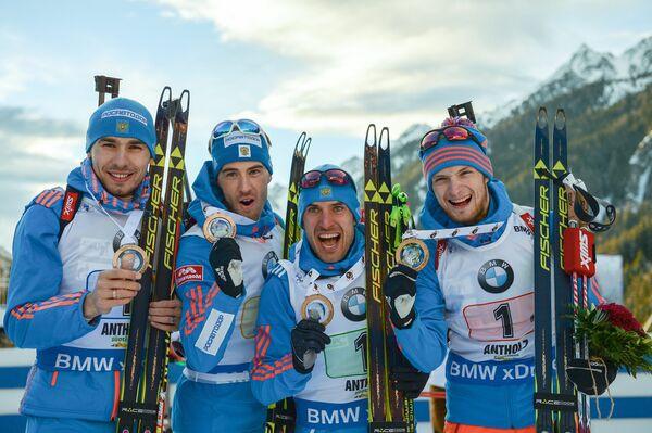 Российские биатлонисты Антон Шипулин, Дмитрий Малышко, Евгений Гараничев и Максим Цветков (слева направо)