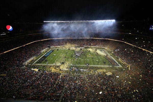 Вид на стадион в Санта-Кларе, где прошел 50-й Супербоул
