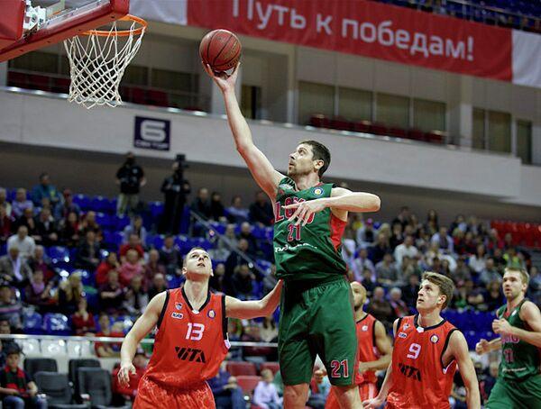 Игровой момент матча Локомотив-Кубань - Вита