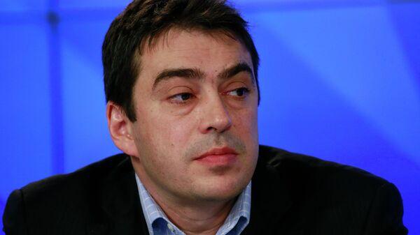 Марк Глуховский
