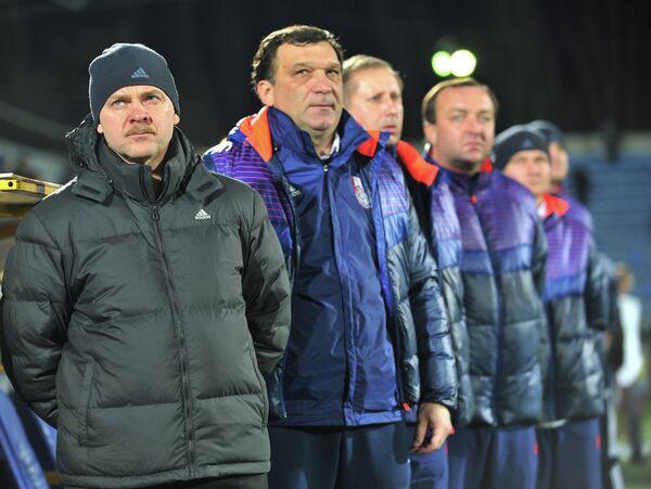 Владимир Бибиков (слева)