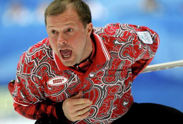 Керлингист сборной России Алексей Целоусов