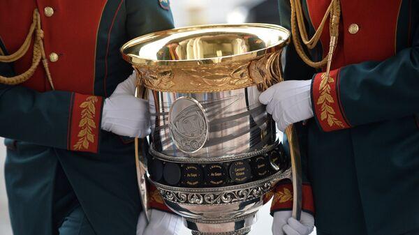 Главный трофей Континентальной хоккейной лиги - Кубок Гагарина