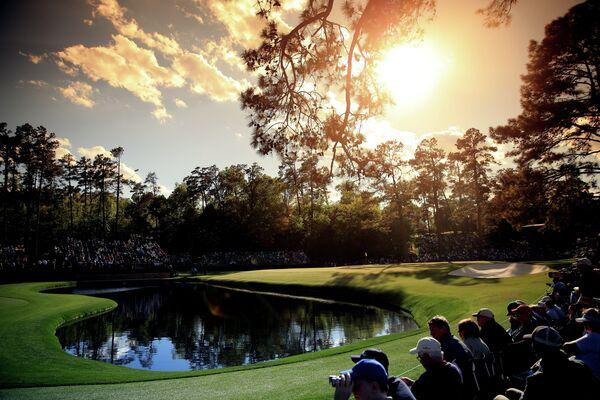 Вид на 15-ю лунку Национального гольф-клуба Аугусты