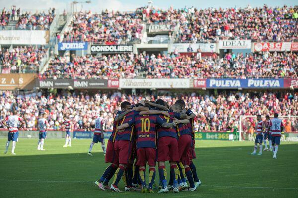 Футболисты Барселоны после победы в чемпионате Испании
