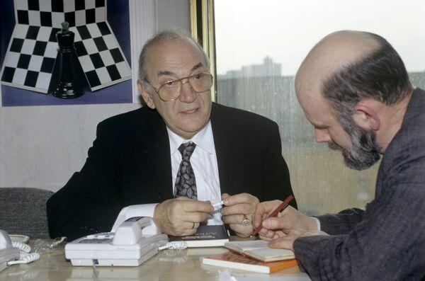 Виктор Корчной