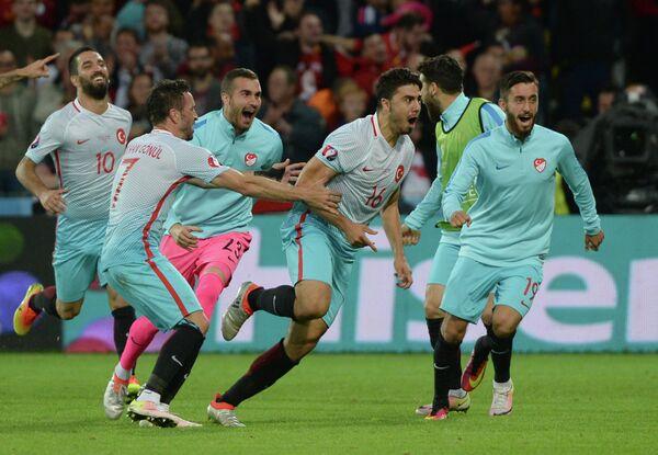 Игроки сборной Турции