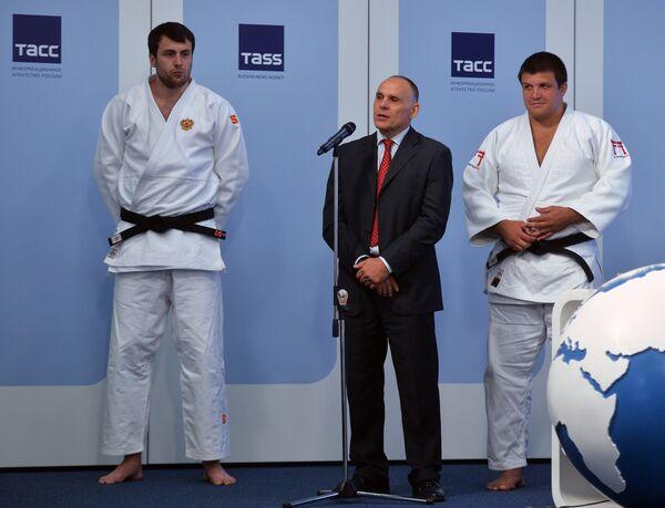 Ренат Саидов, Эцио Гамба и Андрей Волков (слева направо)