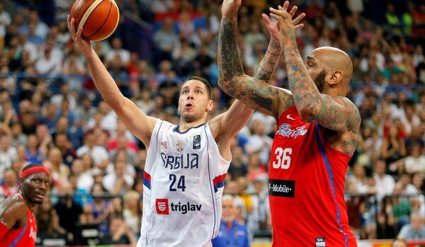 Игровой момент матча Сербия - Пуэрто-Рико