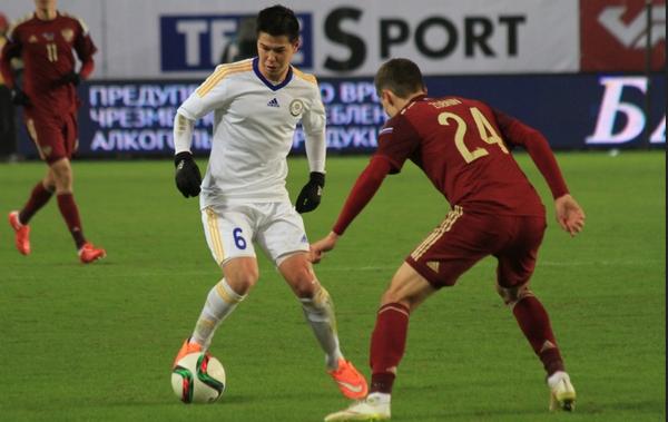 Георгий Жуков (слева)